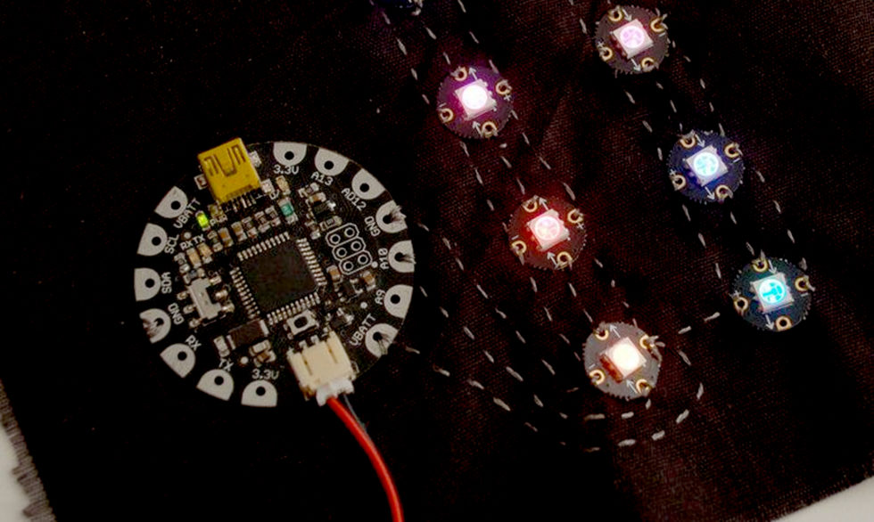 Coser LEDS Neopixel A Circuit Playground Express